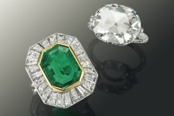 AN_EMERALD_AND_DIAMOND_RING,_BY_HARRY_WINSTON