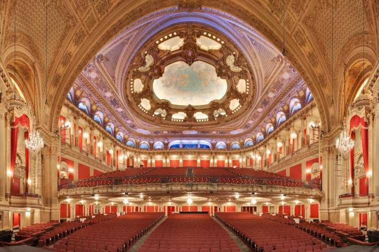 5 Haute Theaters To Check Out A Show In Boston