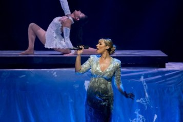 GRAMMY-nominated singer-songwriter Leona Lewis performs 'Bleeding Love' at 'One Night for ONE DROP' 2016_Erik Kabik
