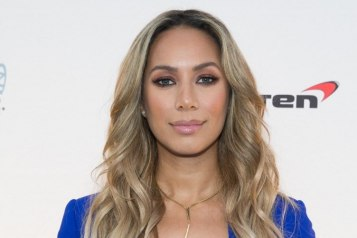 GRAMMY-nominated singer-songwriter Leona Lewis walks the blue carpet at 'One Night for ONE DROP' 2016_Erik Kabik
