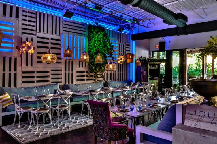 Lique-Miami-indoor-dining