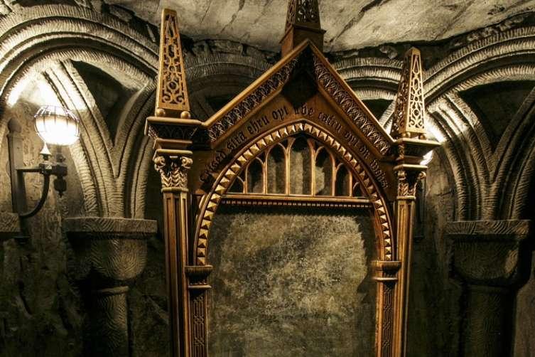 Mirror Of Erised Ii By Barbora TŐgel: 15 Ways Harry Potter Is Making Magic At Universal Studios LA