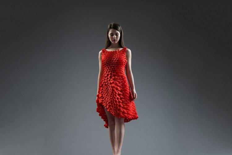 Petals-Dress-Low-133-1-750x563