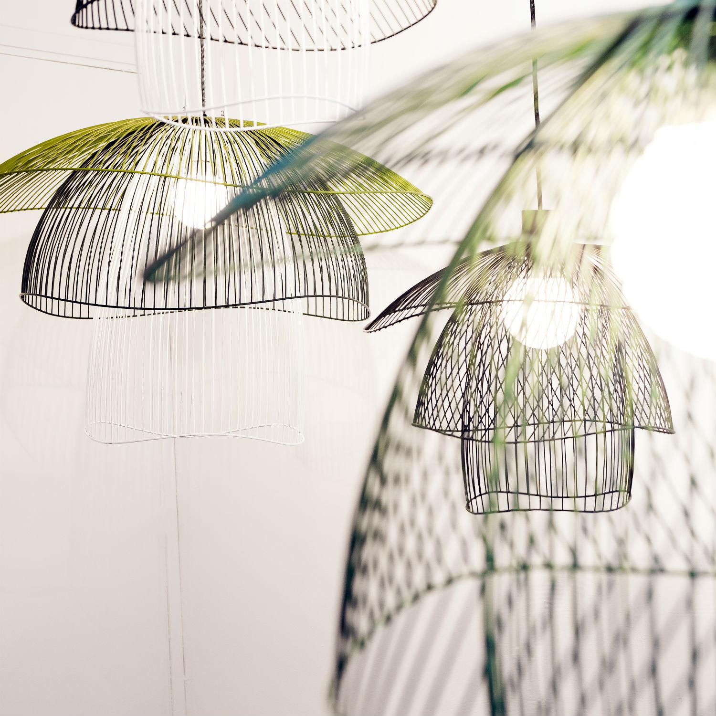 Design days comptoir 102 39 s celebration of light is a must see for Suspension en fer noir