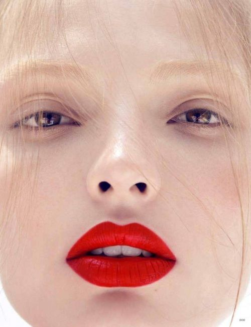 matte-red-lips-no-eyemakeup-eyeshadows-and-beauty-pinterest