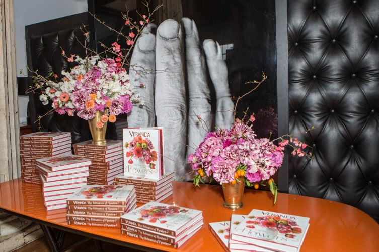 Veranda the Romance of Flower Book Signing