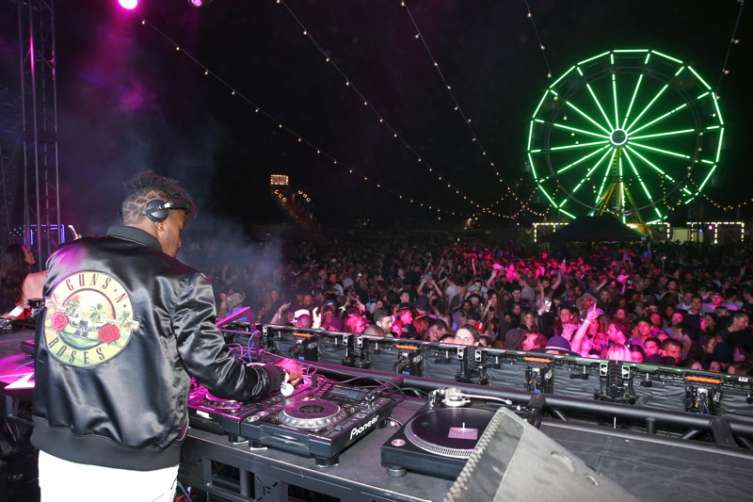 DJ Ruckus performs on stage at the Levi's Brand And RE/DONE Levi's Present NEON CARNIVAL With Tequila Don Julio