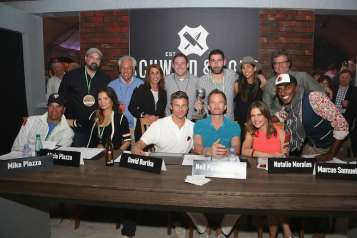 """""""Amstel Light Burger Bash Presented By Schweid & Sons Hosted By Rachael Ray – 2016 Food Network & Cooking Channel South Beach Wine & Food Festival Presented By FOOD & WINE"""""""