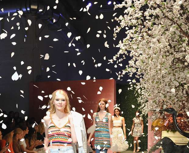 The alice + olivia LA runway show 4