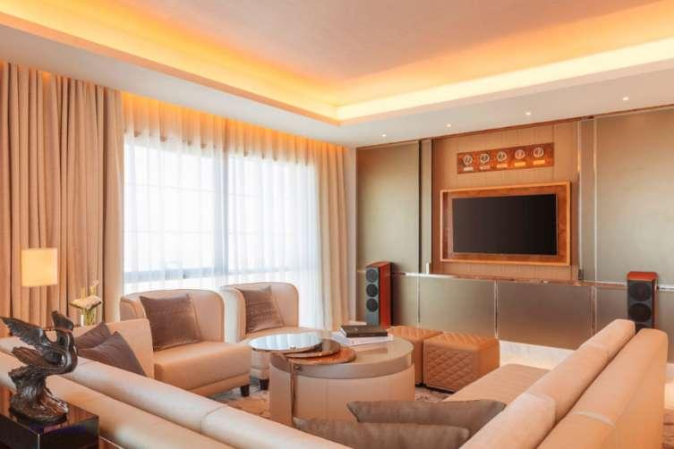 Bentley Suite Living Area