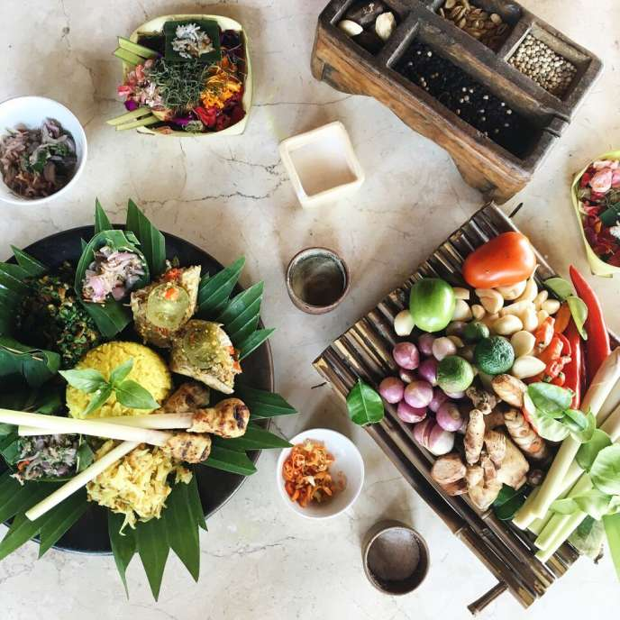 FOUR SEASONS JIMBARAN COOKING