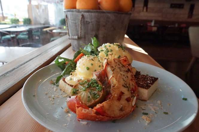 Lobster Benny Mozzo Dubai