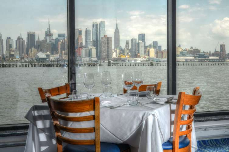 5 Best Waterfront Restaurants To Dine With A Breathtaking View In Nyc