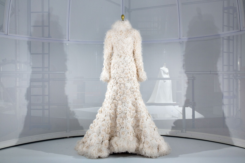 Artificial Flowers CaseStudy,Chanel Wedding Ensemble