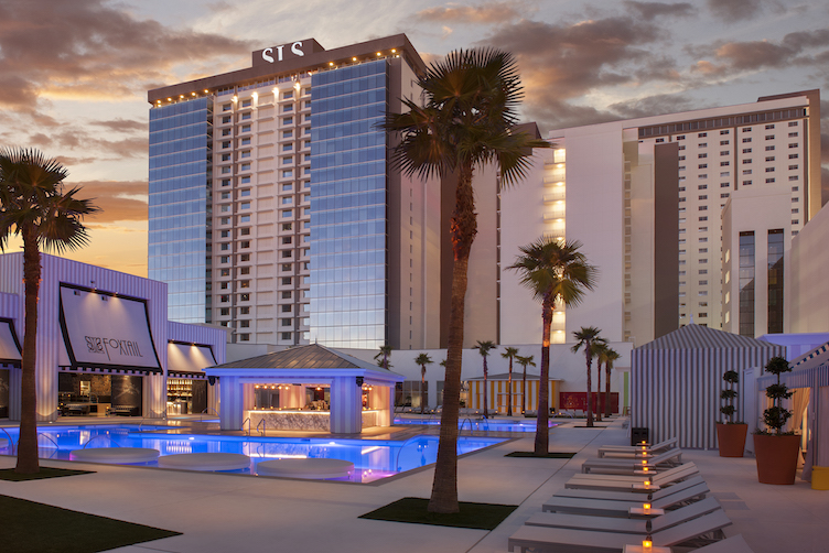 Foxtail pool live launches at sls las vegas and pool for Pool show las vegas 2016
