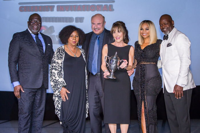 (From Left-Right) Bishop TD Jakes, Serita Ann Jakes, Dr. Phil McGraw, Robin McGraw, Pat Smith and Emmitt Smith