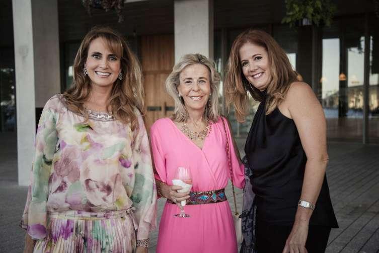Cristina Defortuna and friends