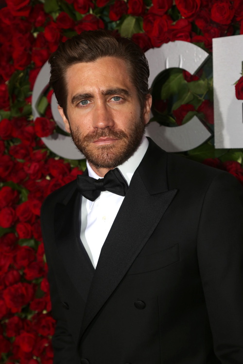 NEW YORK, NY - JUNE 12: Actor Jake Gyllenhaal attends 70th Annual Tony Awards - Arrivals at Beacon Theatre on June 12, 2016 in New York City. (Photo by Bruce Glikas/FilmMagic) *** Local Caption *** Jake Gyllenhaal