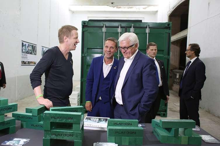 En Platoon Hub, re realizó el cierre del día inaugural del Año Dual Alemania - México 2016-2017. Participaron en este espacio diversos artistas y expositores con obras de alta calidad y de nuevas propuestas y en donde también el Ministro de Relaciones alemán, Frank-Walter Steinmeier compartió la experiencia.