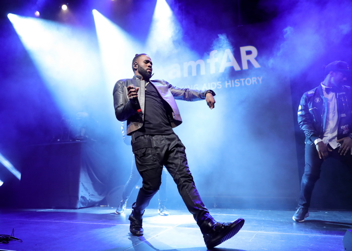 NEW YORK, NY - JUNE 09: Singer Jason Derulo performs onstage during the 7th Annual amfAR Inspiration Gala on June 9, 2016 in New York City. (Photo by Neilson Barnard/Getty Images for Harry Winston)