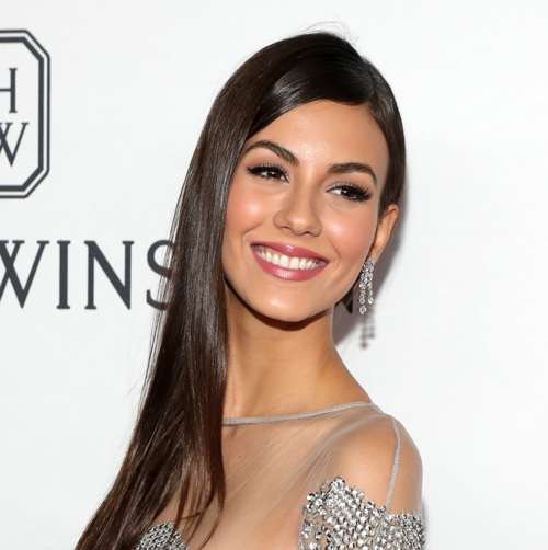 NEW YORK, NY - JUNE 09: Actress Victoria Justice arrives at the 7th Annual amfAR Inspiration Gala on June 9, 2016 in New York City. (Photo by Neilson Barnard/Getty Images for Harry Winston)