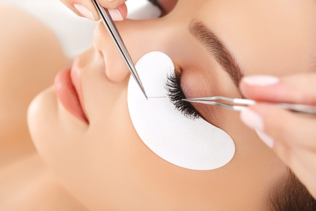 4177be77395 Lash Blast: Your Guide to Enviable Eyelash Extensions