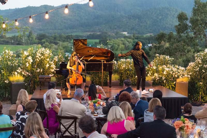 "Cellist Mariko Wyrick and dancer Ron ""Prime Time"" Myles perform"