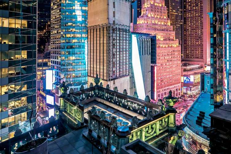 Nyc S Knickerbocker Hotel Opens Haute Rooftop Cigar Lounge