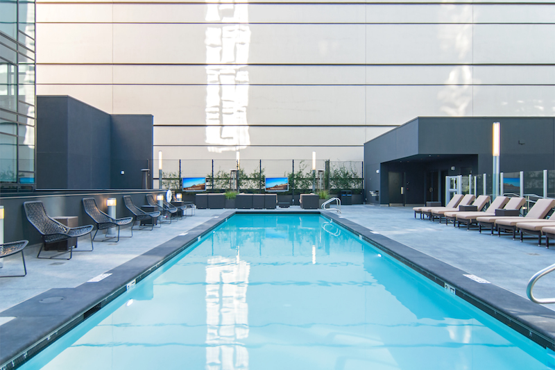 The 3rd floor pool