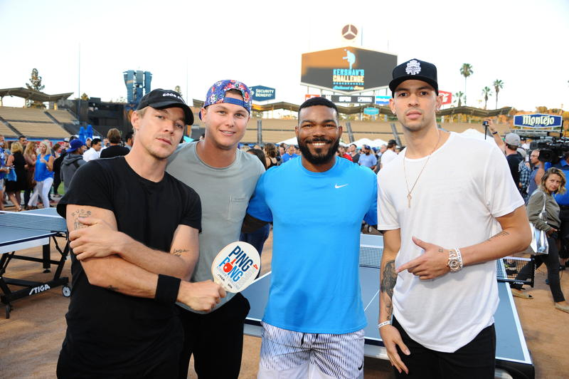 Diplo poses with Dodgers center fielder Joc Pederson, Dodgers second baseman Howie Kendrick and LA Clippers point guard Austin Rivers