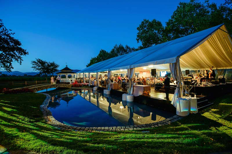 The dinner tent at Far Niente