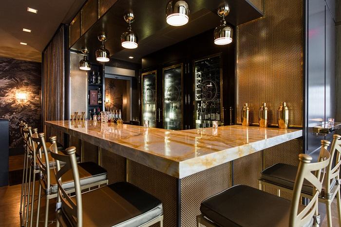 Menton Gold Bar