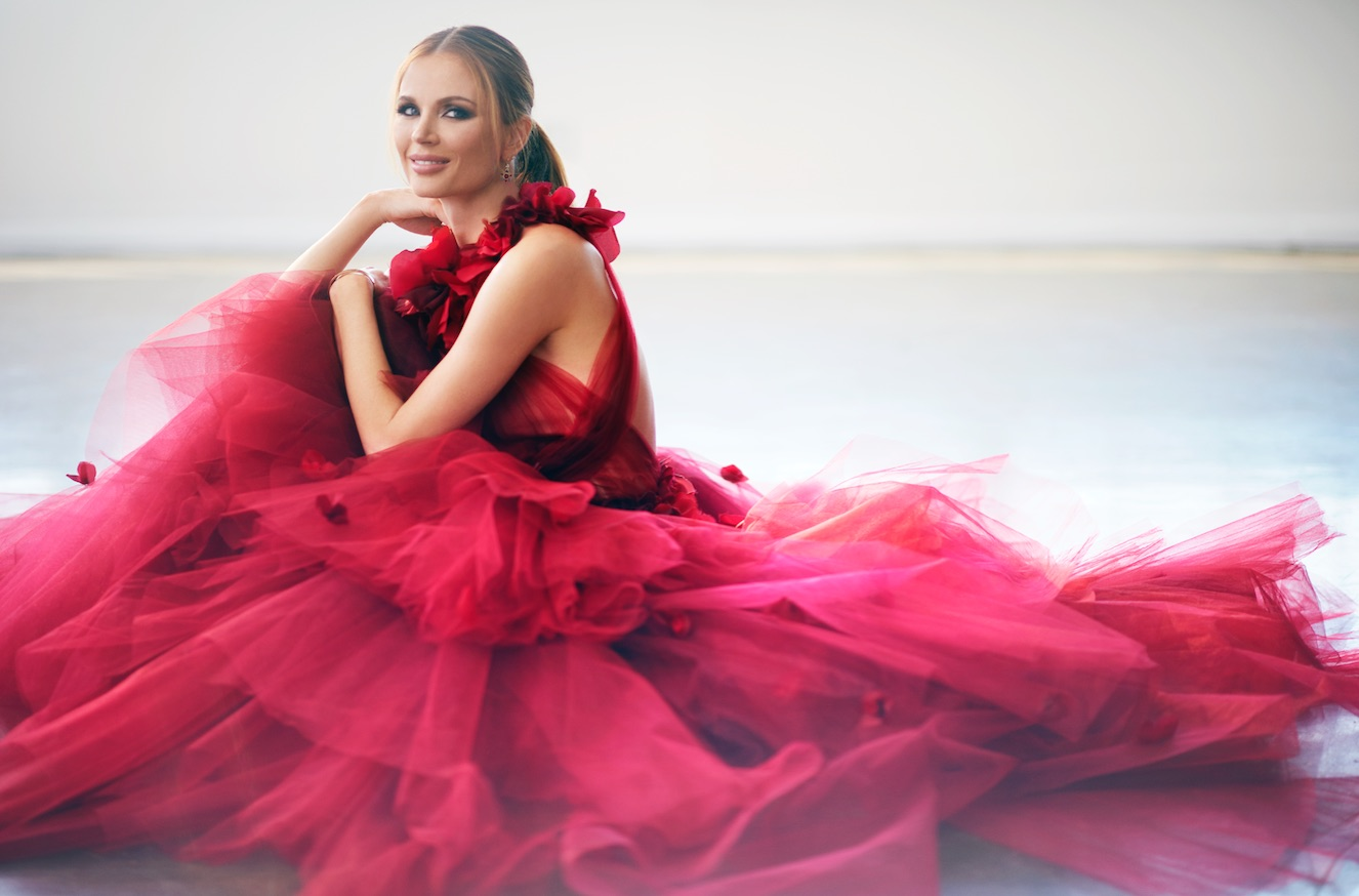 Inside The Glamorous World Of Marchesa S Georgina Chapman
