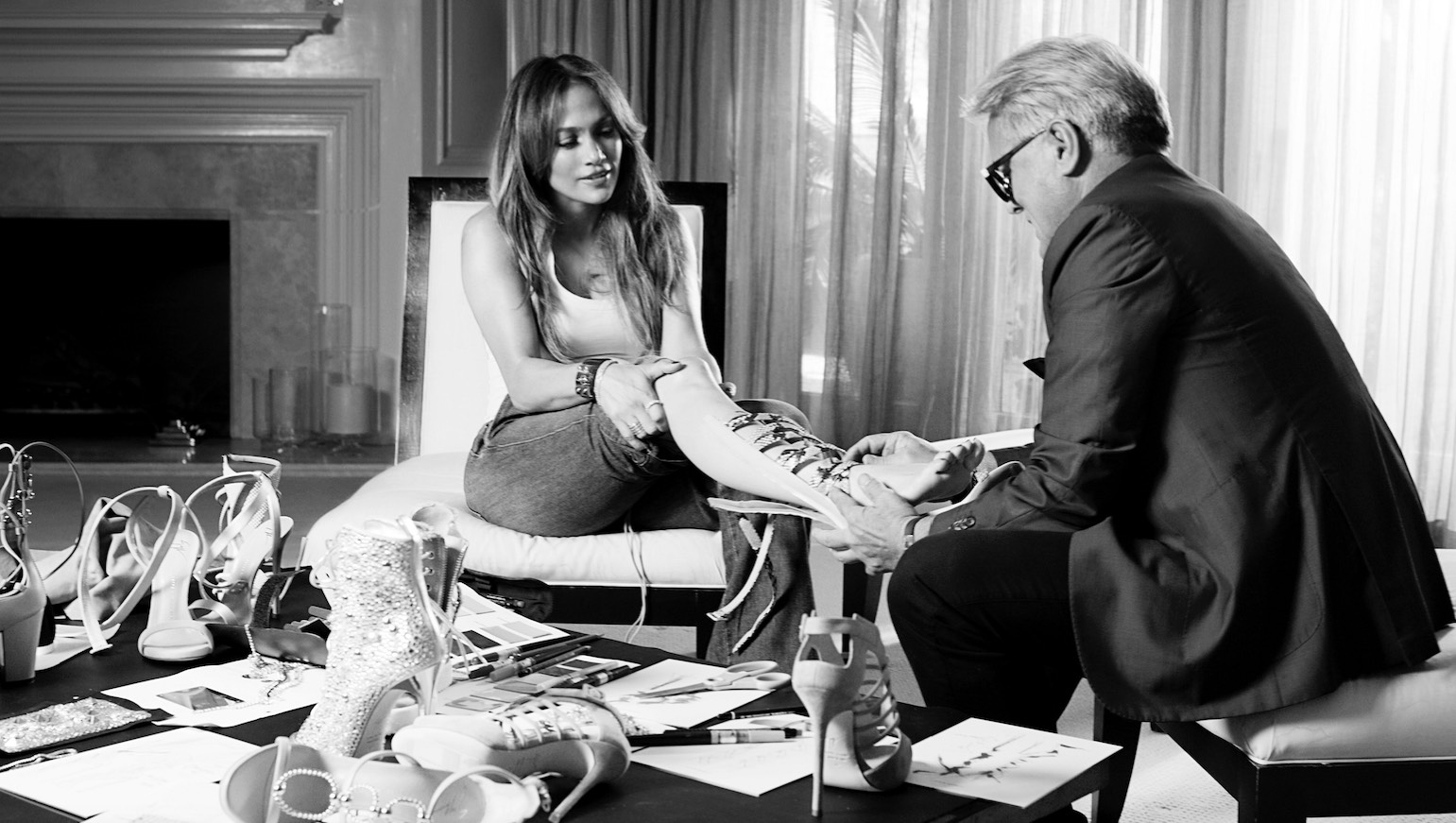 Zanotti will work with Jennifer Lopez for a new capsule footwear and accessories col- lection, launching in January 2017.