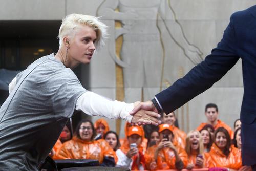 Justin Bieber performing with Matt Lauer