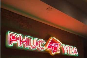 Phuc Yea sign