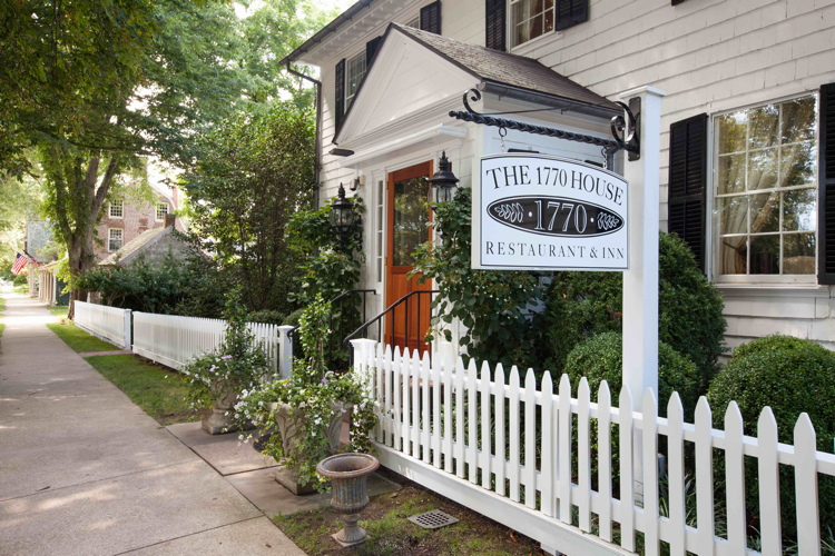RE The 1770 House East Hampton Front Entrance Photo Credit John Musnicki_IMG_6007_1.2MB 2