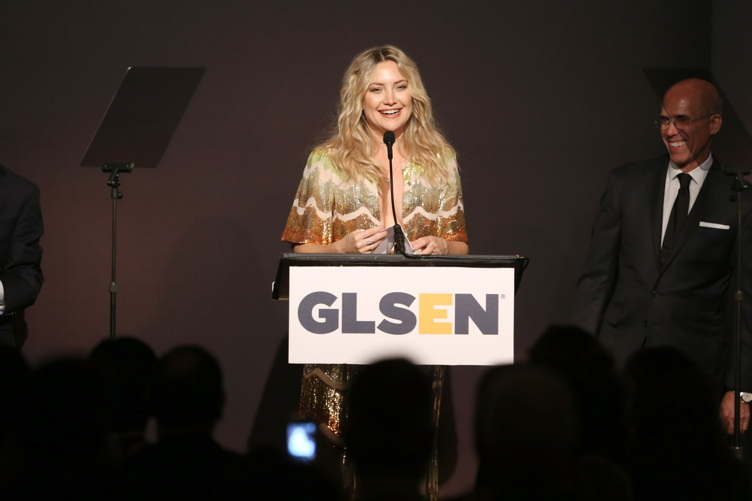 Honoree Kate Hudson speaks onstage during the 2016 GLSEN Respect Awards