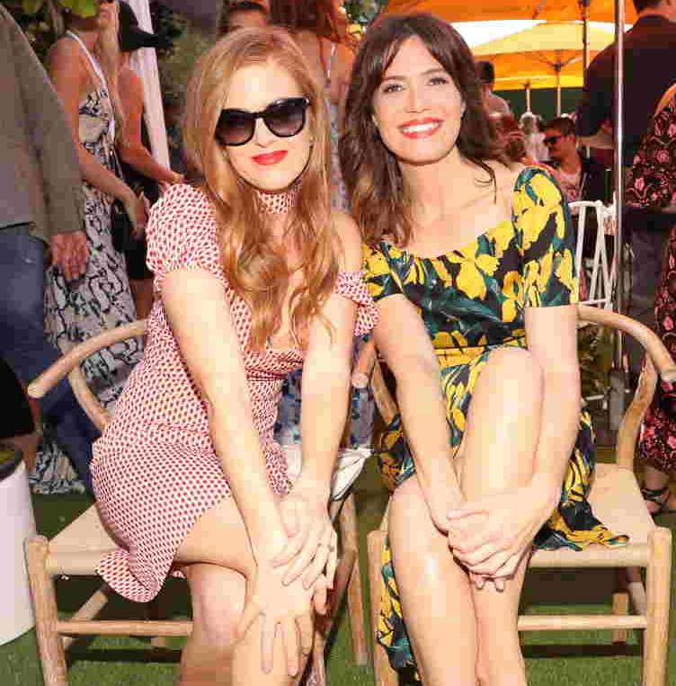Isla Fisher and Mandy Moore