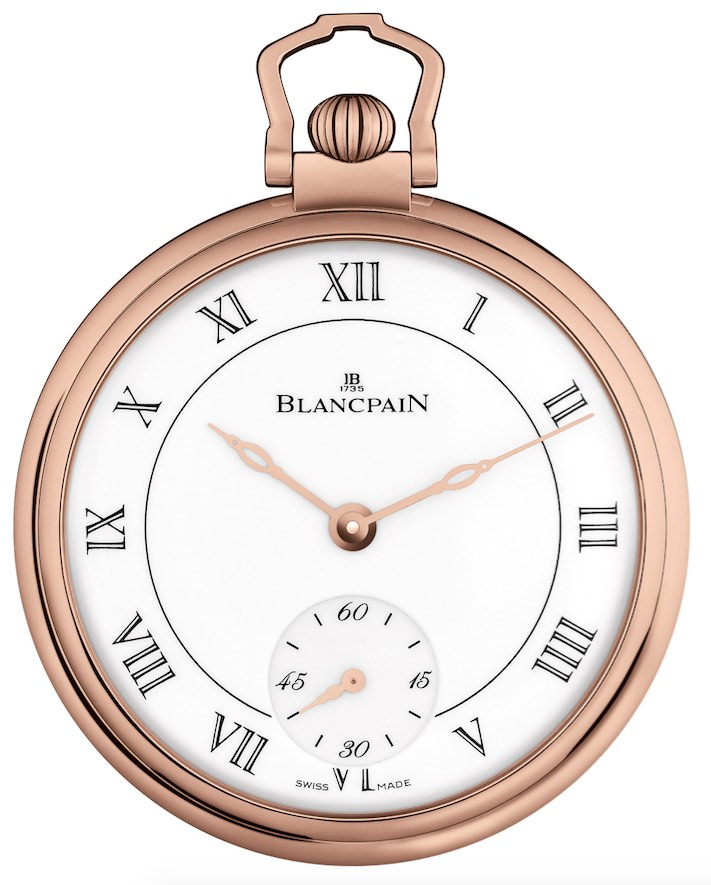 Crafted in 18-karat 5N rose gold, the watch houses a hand-wound movement