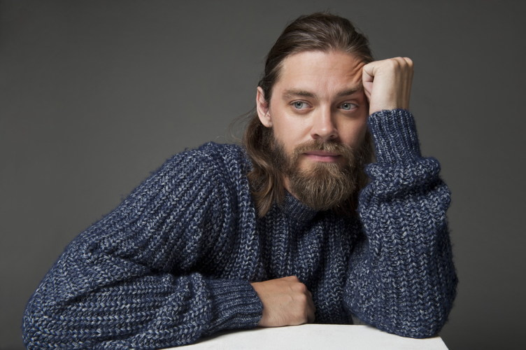 The Walking Deads Tom Payne Shares His Haute Secrets To LA
