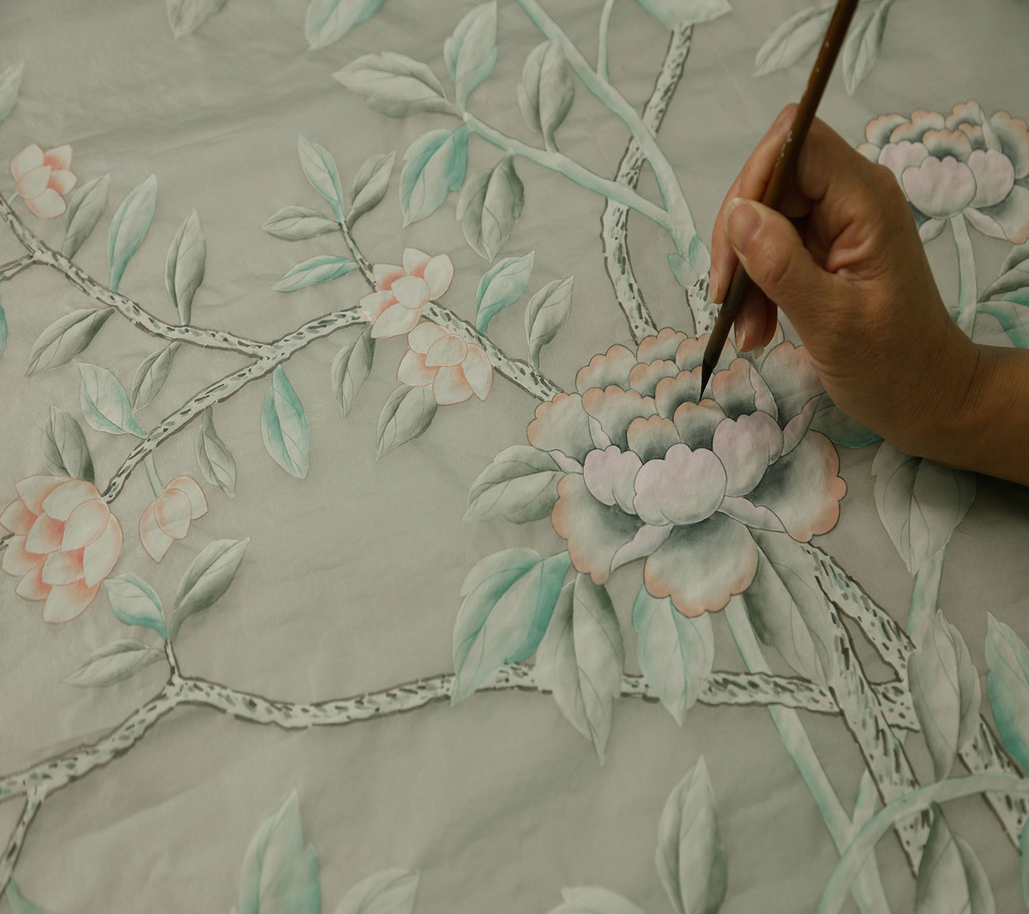 A painter adds color to Catherine Kwong's De Gournay wallpaper