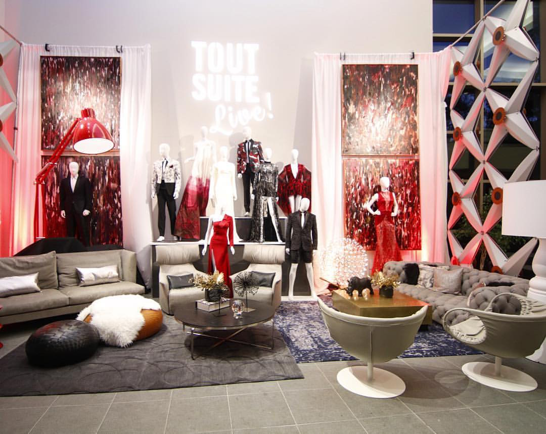 The ToutSuite Lounge at Lincoln Theater that featured clothing by Jake and paintings by Penelope Moore