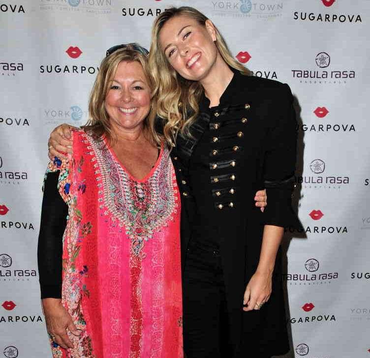 Tabula Rasa owner Maureen McBride and Maria Sharapova posing pretty