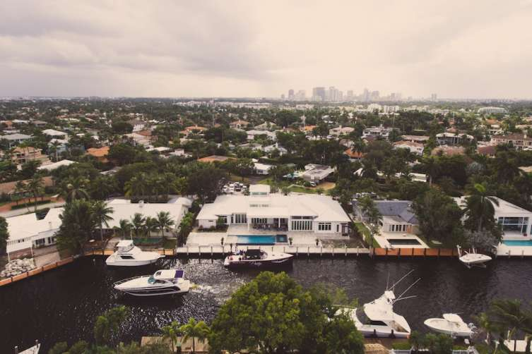 JetSmarter and Haute Living Hospitality Mansion at the Fort Lauderdale International Boat Show
