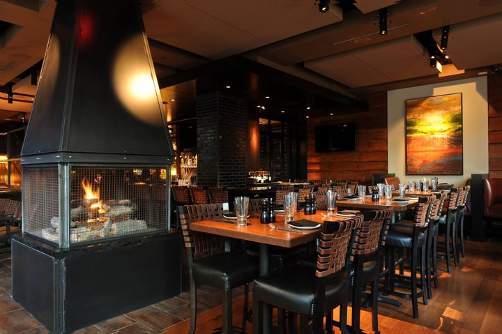 The Winter Warmup From Street And As Soon You Enter Post 390 Will Feel Warmth Mive Fireplace At This Back Bay Restaurant