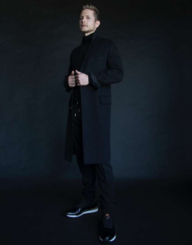Turtleneck: BOGLIOLI Pants: DIOR Coat: LOUIS VUITTON Shoes: BERLUTI Socks: RALPH LAUREN