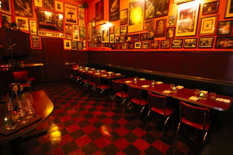 Tosca Caf  is one of San Francisco s most iconic institutions  The 95  year old restaurant and bar was a rollicking celebrity hangout in the 80s  and 90s. Best Private Dining Rooms in SF