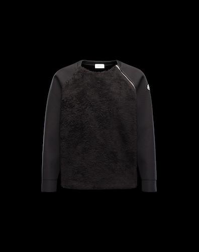 Moncler Sweatshirt $465