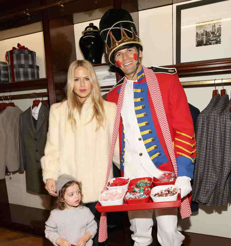 Brooks Brothers and St. Jude\'s Celebrate the Holidays